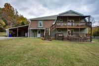 16 Bed Retreat Center with 30′ Yurt & 10 Acres near Nashville