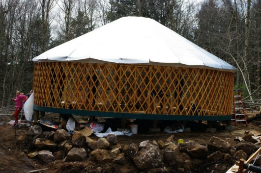 Name:   yurt-top-insulation.jpg Views: 1207 Size:  101.5 KB