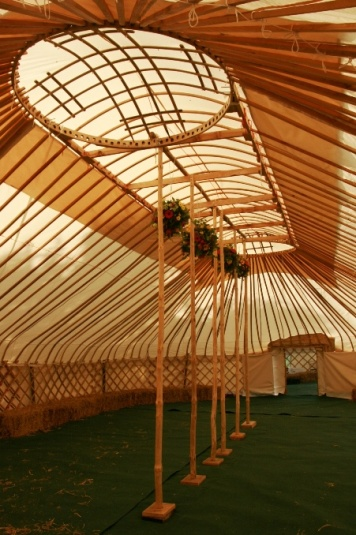Click image for larger version  Name:Barn yurt - Red Kite Yurts 9a.jpg Views:230 Size:101.4 KB ID:474