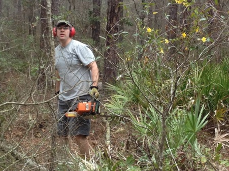 Click image for larger version  Name:Todd Helping Clearing.jpg Views:365 Size:101.7 KB ID:570