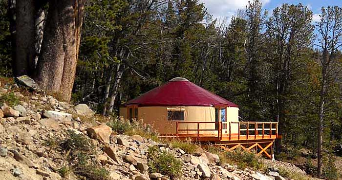Click image for larger version  Name:yurt-small-home-living1[1].jpg Views:412 Size:66.7 KB ID:930