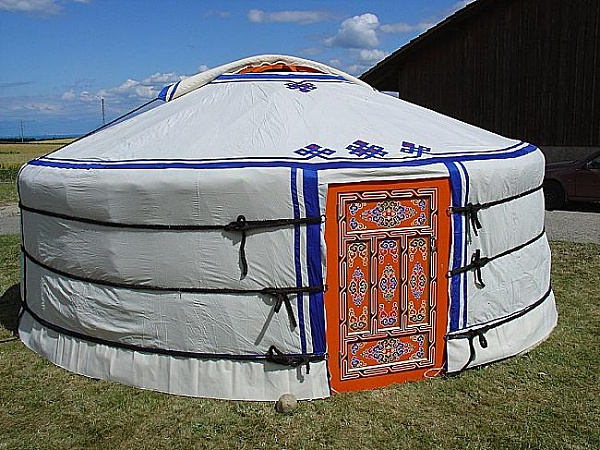 Click image for larger version  Name:groovy-yurts-bc-salt-spring-island-bc[1].jpg Views:1009 Size:85.1 KB ID:931