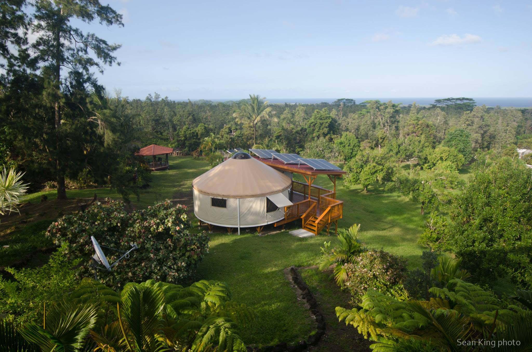 Click image for larger version  Name:Hawaiiyurt-Sean-King[1].jpg Views:372 Size:318.2 KB ID:999